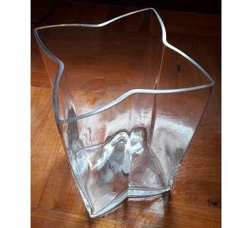 玻璃大型重稳花瓶