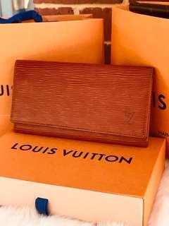 Authentic Vintage Louis Vuitton Epi Porte Yen 3 Cartes Credit Brown Long Wallet