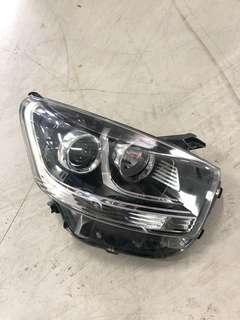 Head Lamp Axia RH