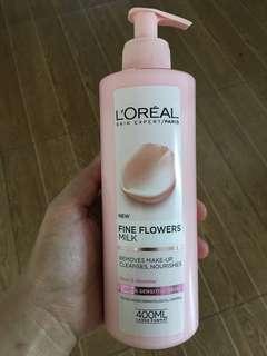 Fine Flowers Milk make up remover