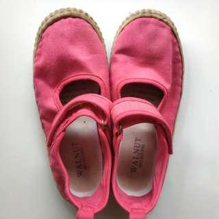 #CNY2019 Sepatu anak Walnut size 35
