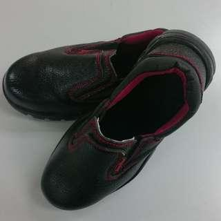 Slip-On Safety Boots (Swiss Polo)