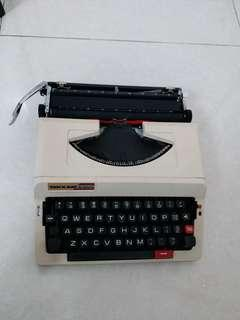 古董打字機