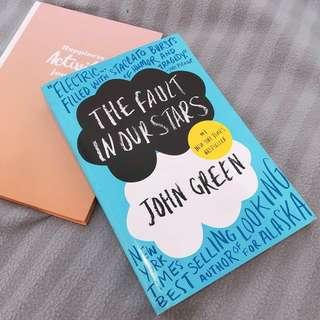 [Preloved] The Fault in Our Stars by John Green