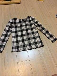 Checker white black long sleeve top