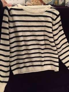 GU 直間上衣 // GU Stripe long sleeve tee