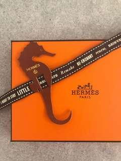 Hermes seahorse leather 小海馬書簽或可作charm 或當手帶