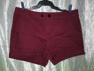 Maroon short