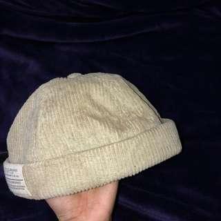 燈芯絨毛帽