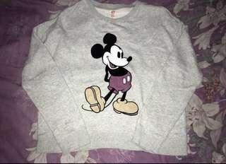 Uniqlo x Disney sweater