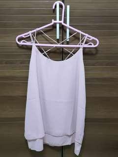 Pink sleeveless top (粉紅色背心)