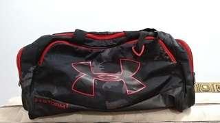 Authentic UnderArmor sportsbag (Storm 1, red)