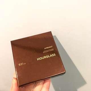 Hourglass Lighting Bronzer (Ambient)