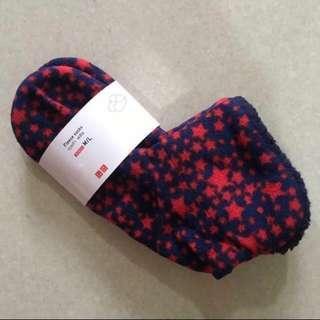 Authentic UNIQLO WOMEN Non-Slip Fleece Socks (size 36-40)
