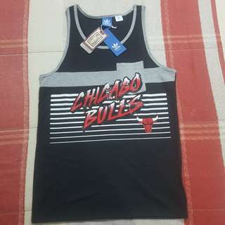 f0ce874f31e Legit BNWT Adidas NBA Chicago Bulls Men s Tanktop T-Shirt SM
