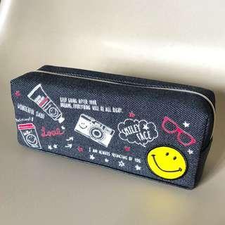 Smiley Face 牛仔帆布 合成皮底 化妝袋 筆袋 Cosmetic bag Pencil case
