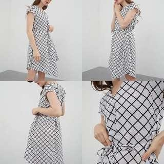 Berrybenka Dress