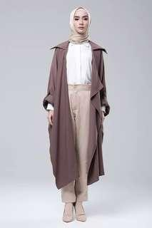 NEW with Tag Mannequina Sloan Outer warna Milo