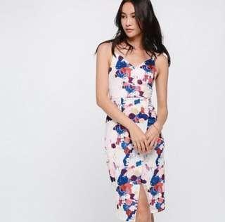 🚚 LOVE BONITO DRESLEY DRESS