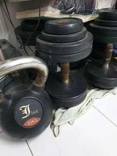 (Reserved) Kettle bell and dumbells