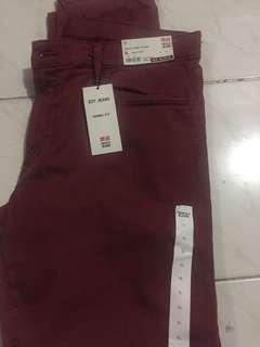 Celana jeans ezy skinny fit warna merah