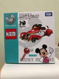 Tomica Disney Motors 10th Anniversary 米奇 10 週年 紀念 老爺車 及 鎖匙 禮盒裝 一套