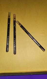 Pensil alis makeover warna hitam