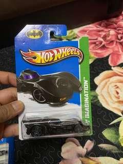 Hotwheels Batmobile 2012