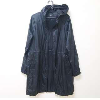 日本購入 UNIQLO 防雨大衣 防風外套 風衣 夾克 羽絨大衣 連帽外套 軍裝 登山 zara 無印良品 gu