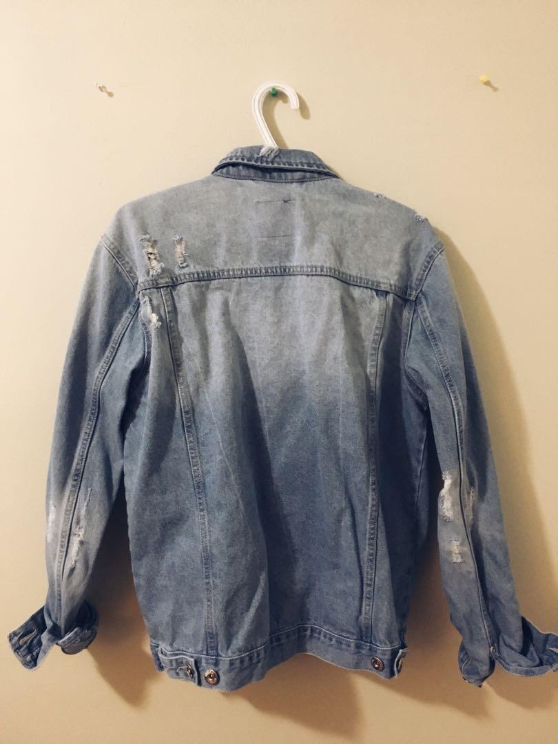 🌸 Ripped Denim Jacket • Fits S-L 🌸