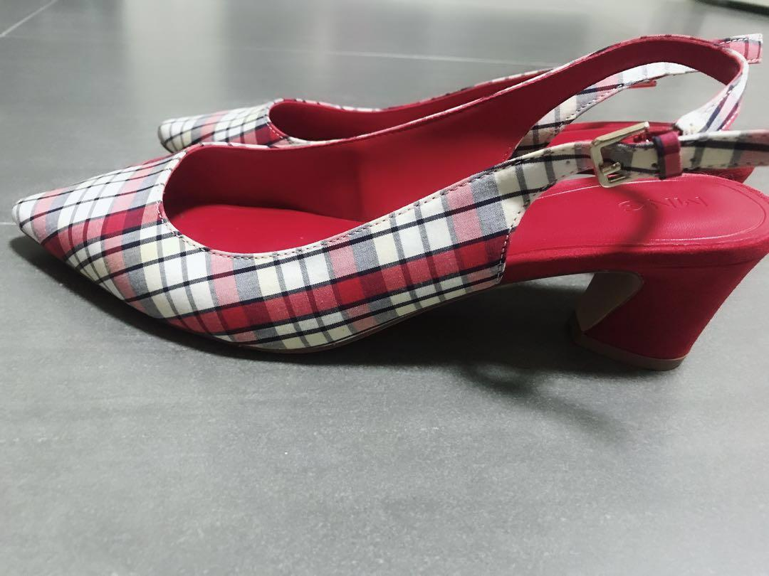 Checkered Pointed Heels