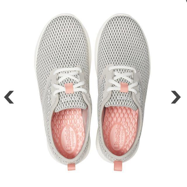 b2fa7d91f728 Crocs Women s LiteRide™ Mesh Lace