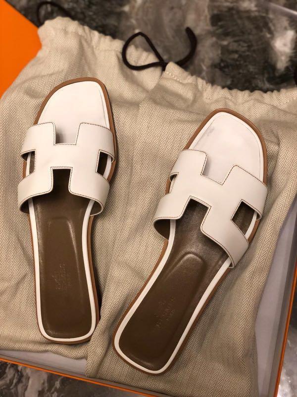 Hermes Oran sandals in white/ size 37