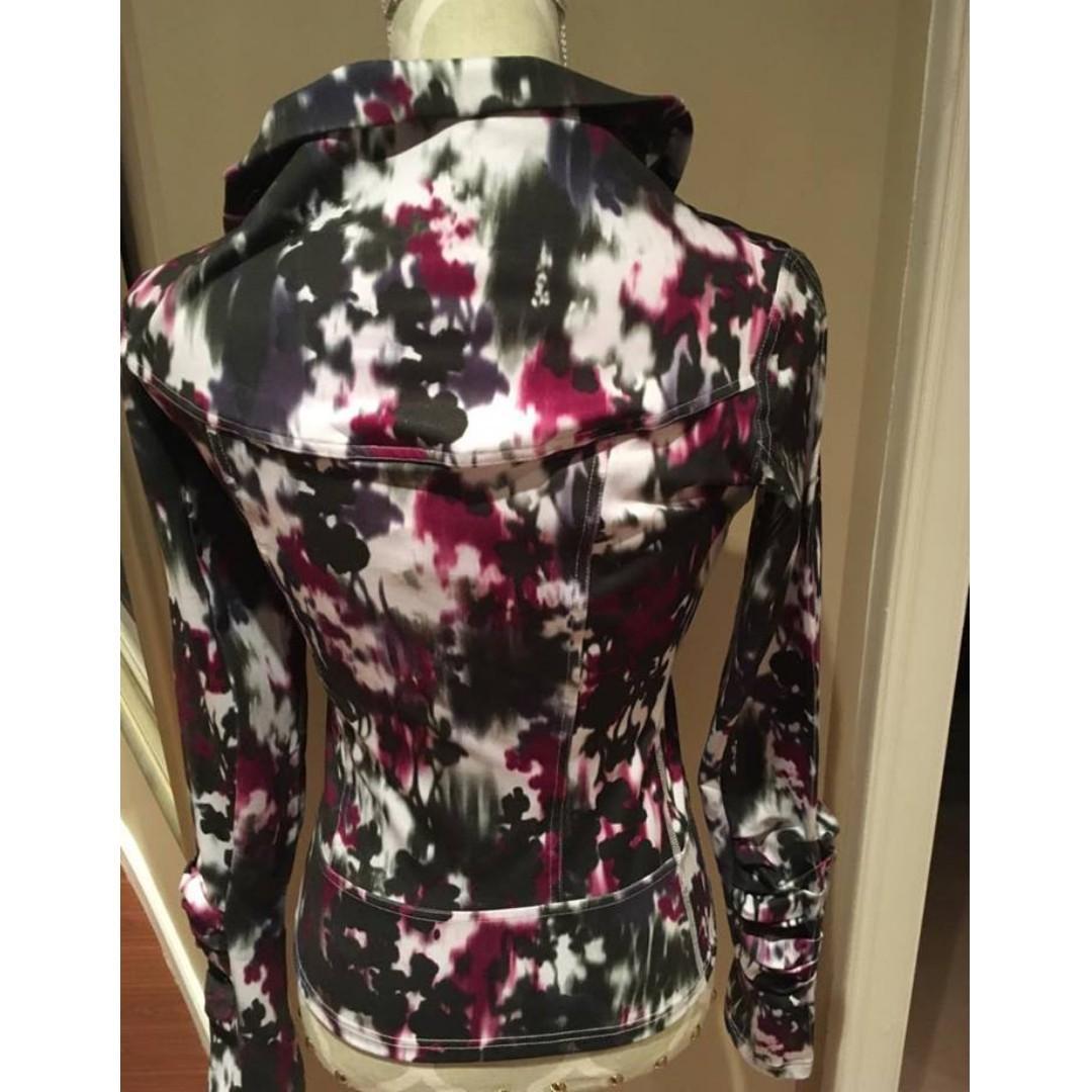 "Karma Printed ""San Suu"" Ruffle Yoga Jacket (Size S)"