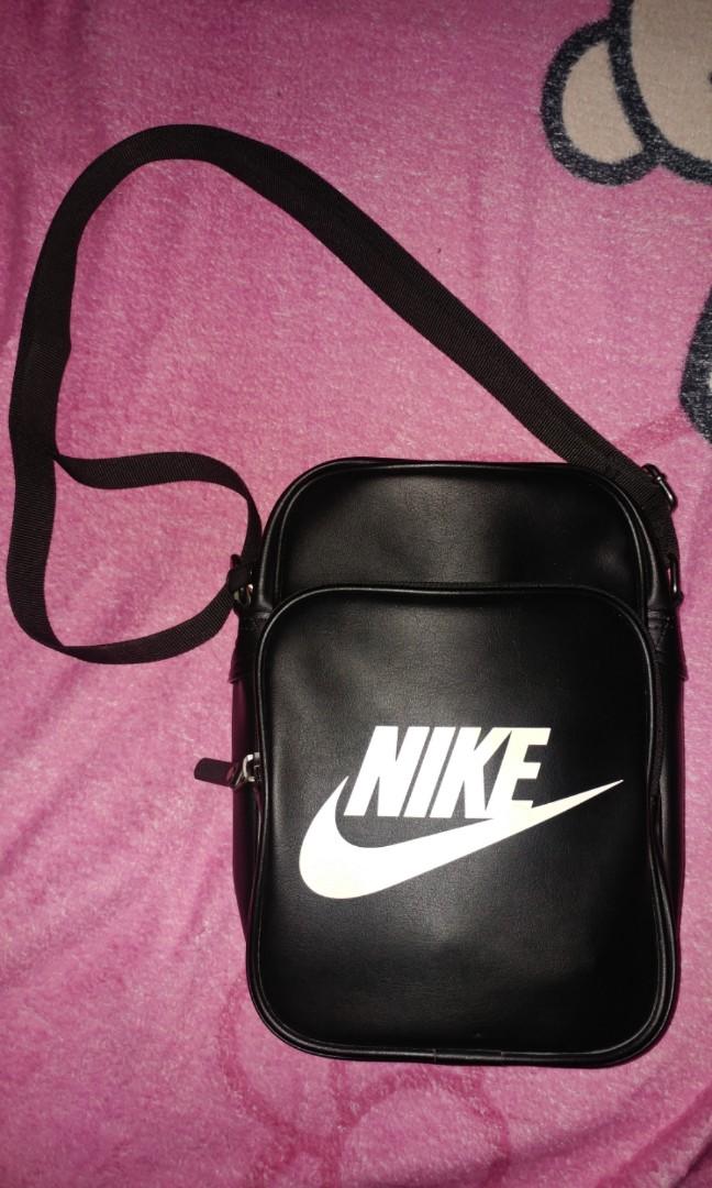 e4cc7f9879 Legit Nike Heritage Sling Bag