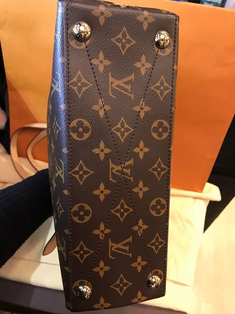 775d3cba9be8 Louis Vuitton Voltaire Shoulder Bag