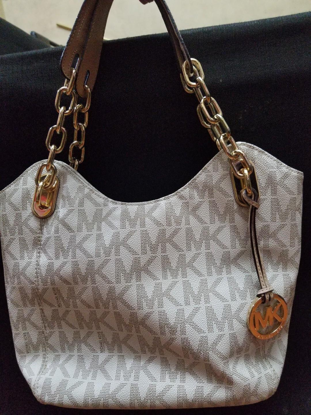 16f5ecf84fb0 ORIGINAL Michael Kors Bag on Carousell