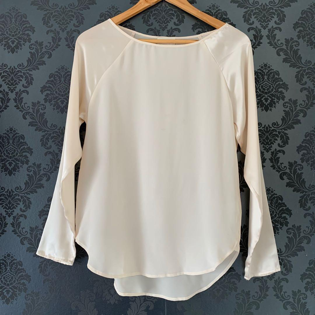 Witchery 100% silk long sleeve top (worn once) size 6