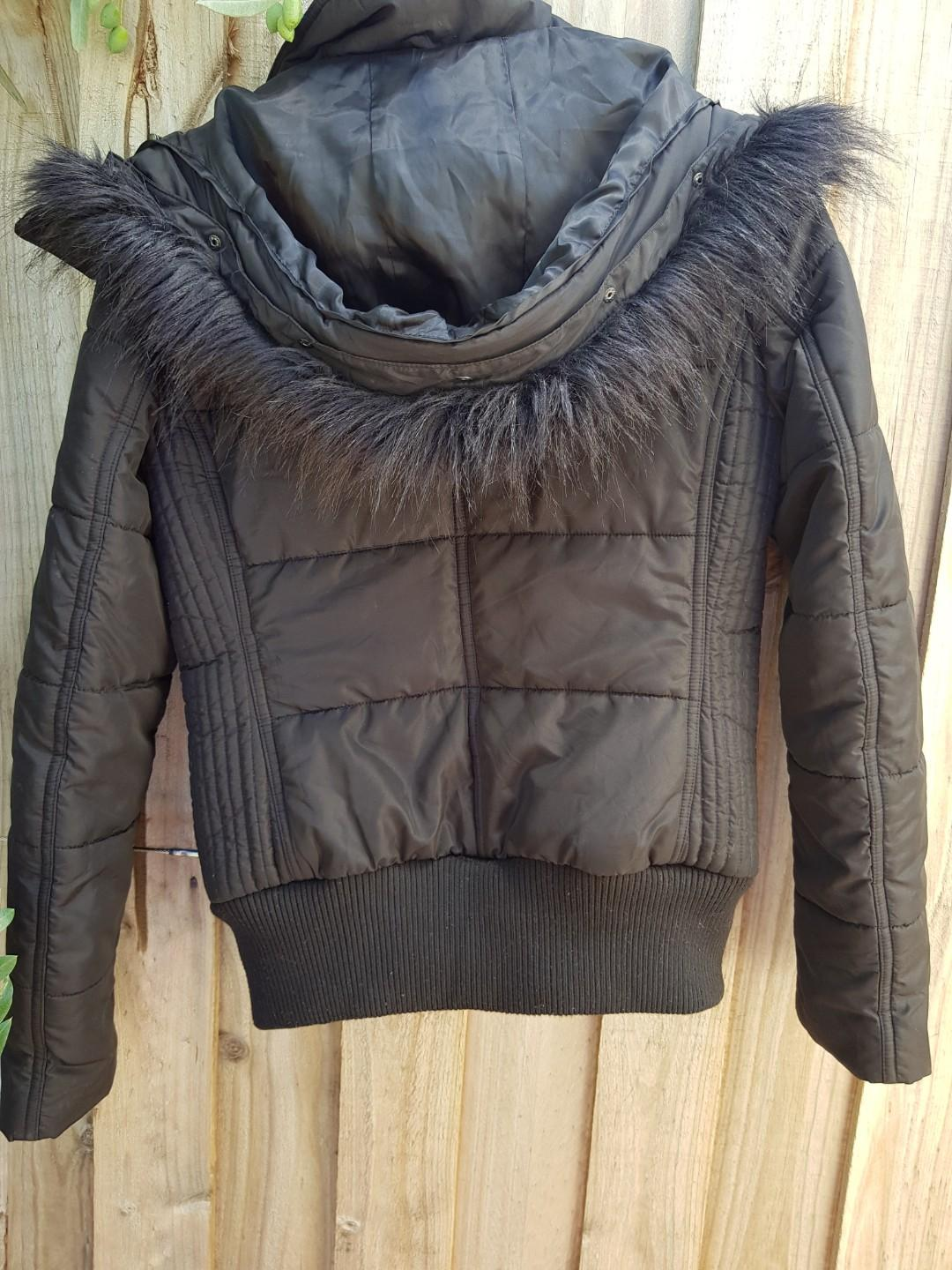 WITCHERY black puffer jacket with detachable fur hood. XS. Drycleaned.