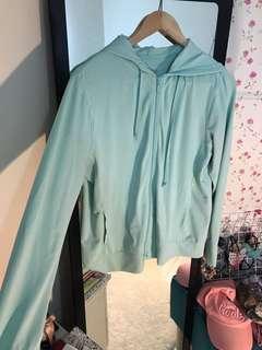 CNY sale - uniqlo UV protect jacket