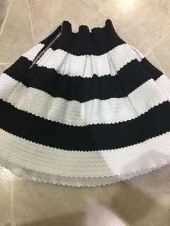 Skirt 4-5yrs