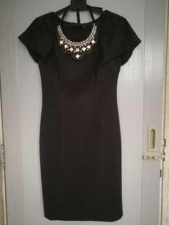 Black dress from Twenty 3 (comes with detachable necklace)