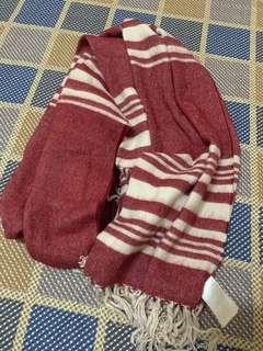 🚚 H&M圍巾