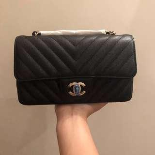 New year sale‼️Brand new Chanel black caviar chevron rectangular mini flap bag with gold hardware 20cm
