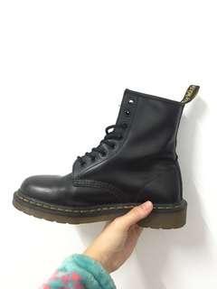 🚚 Dr. Martens 馬丁鞋