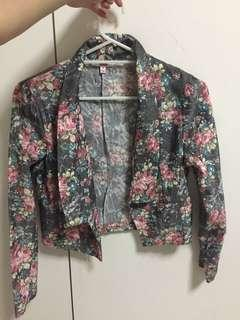Vintage grey floral blazer