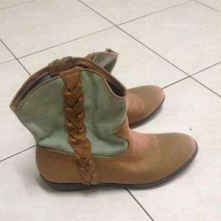 Boot Forever21