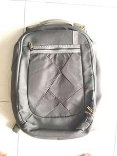 Caselogic Laptop Bagpack