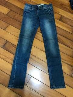 🚚 基本款牛仔褲👖