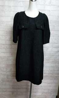 🚚 張李玉菁浮雕紋質感洋裝